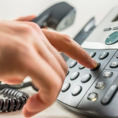 4 Reasons to Switch to a Hosted Phone System