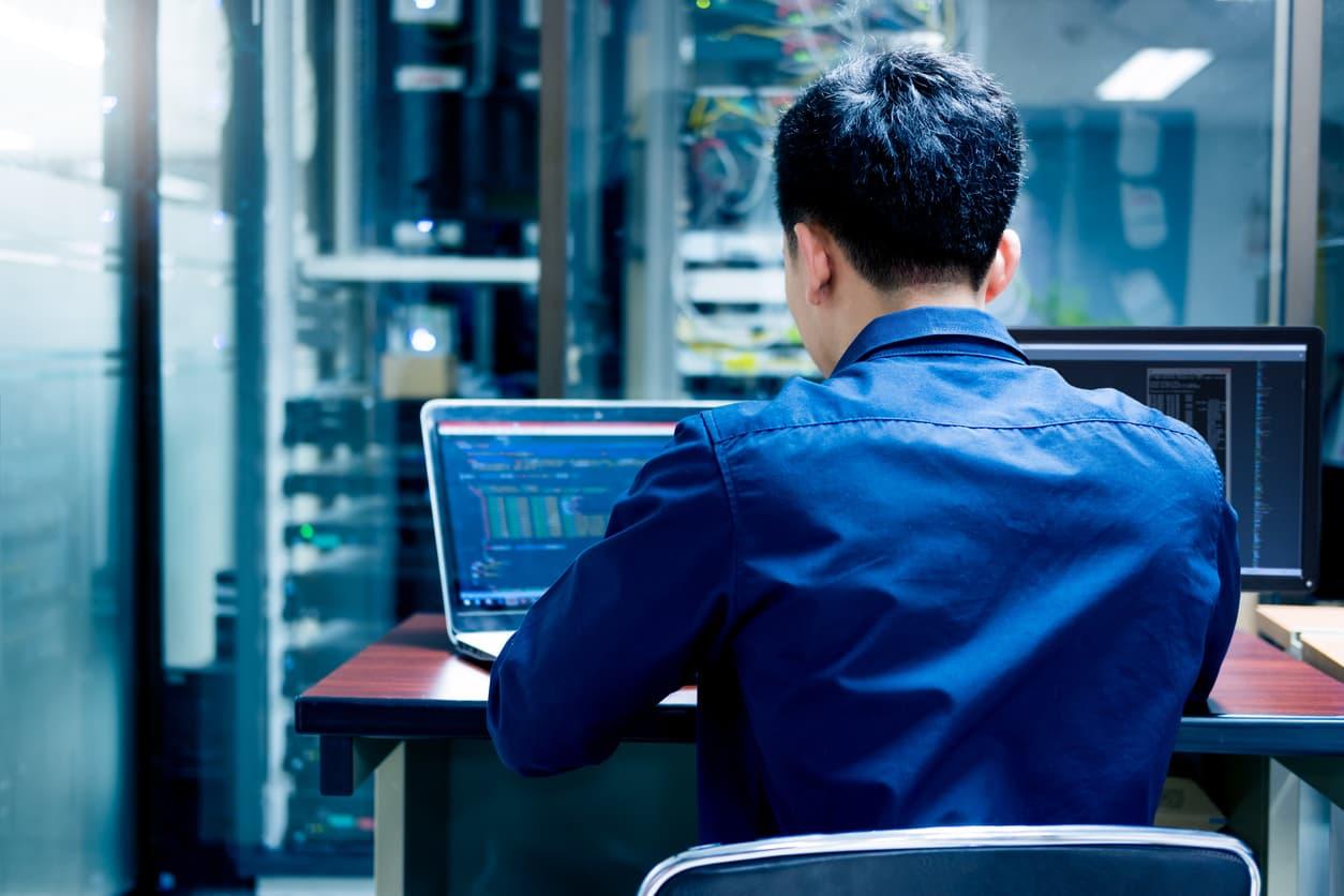 IT worker preparing for an IT emergency